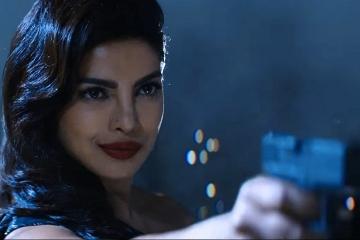 Priyanka-Chopra-Baywatch-360x240